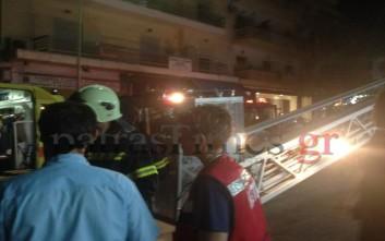 Στις φλόγες τυλίχτηκε υπόγειο στην Πάτρα