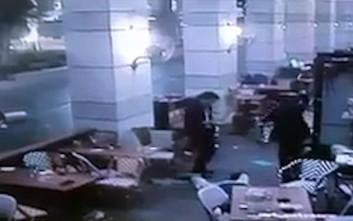 Η στιγμή της επίθεσης στο κέντρο του Τελ Αβίβ