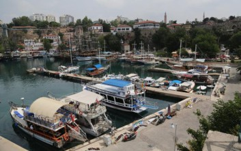 Η «τραυματισμένη» τουριστική βιομηχανία της Τουρκίας και οι… σαπουνόπερες