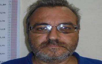 Αυτός είναι ο 52χρονος που κατηγορείται για αποπλάνηση ανηλίκων