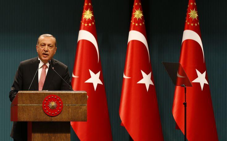 Σκηνικό έντασης Ιμίων στήνει η Τουρκία με πολεμικές ιαχές