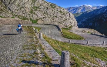 Φυσικός από την Κοζάνη διένυσε την «καρδιά» της Ευρώπης με ποδήλατο