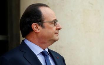Ολαντ: Κυρώσεις σε περίπτωση παραβίασης της συμφωνίας ΕΕ-Τουρκίας