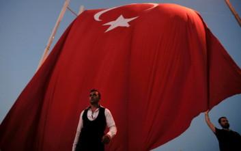 Τούρκος εισαγγελέας διέταξε την προφυλάκιση 125 αστυνομικών
