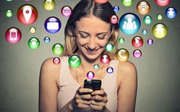 ΚΙΝΗΤΟ SMARTPHONE SOCIAL MEDIA