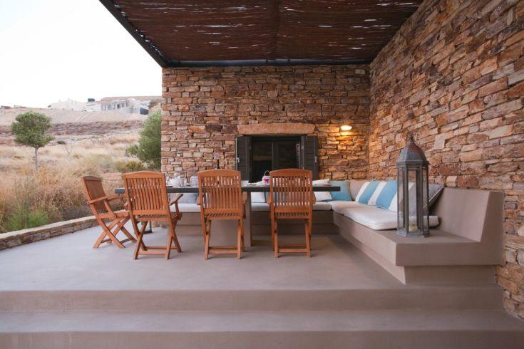 antiparos-design-properties-villa-rentals-Aloni_18-1200x800