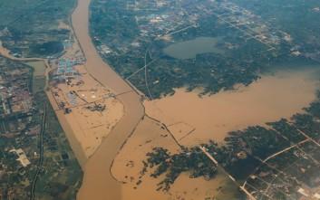 Εννέα νεκροί και ένας αγνοούμενος από τις σφοδρές βροχοπτώσεις στη νότια Κίνα