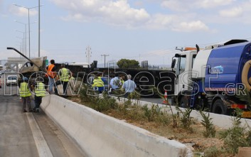 Στην κυκλοφορία δόθηκαν δύο λωρίδες στην εθνική οδό Αθηνών-Λαμίας