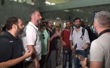 Δρώμενο - εκπληξη στο μετρό του Συντάγματος με τον «Οιδίποδα Τύραννο»
