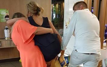 Μεθυσμένη πελάτισσα εστιατορίου κόλλησε στο πιο απίθανο μέρος