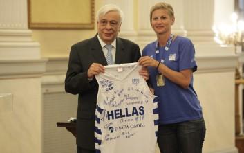 Ο Πρόεδρος της Δημοκρατίας υποδέχθηκε τις πρωταθλήτριες Ευρώπης στο μπάσκετ κωφών γυναικών