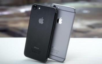 Για ποιο λόγο υπάρχουν οι γραμμές στην πίσω πλευρά του iPhone