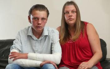 Έφηβος μετατράπηκε σε φλεγόμενη μπάλα κατά τη διάρκεια μιας πλάκας