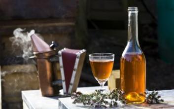 Κρασί και μέλι για βαθύ καθαρισμό του προσώπου