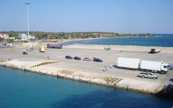 Πλοία προσέκρουσαν στο λιμάνι της Κυλλήνης