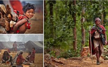 Η νομαδική φυλή Raute που ζει πρωτόγονα βαθιά στα δάση του Νεπάλ