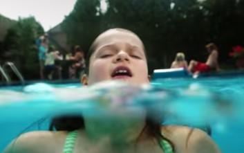 Το βίντεο-σοκ για τον πνιγμό των παιδιών που πρέπει να δουν οι γονείς