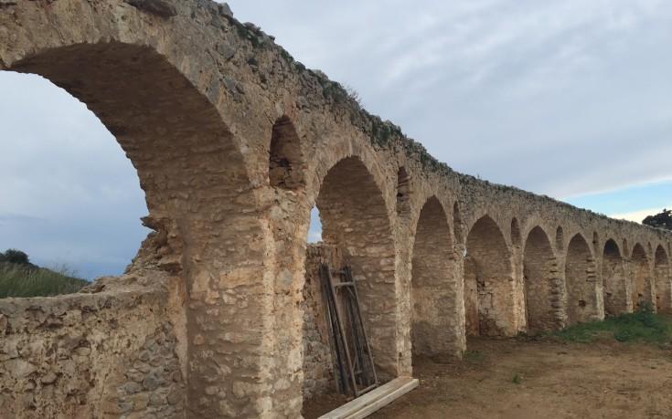 Ολοκληρώθηκε η αποκατάσταση και ανάδειξη μεσαιωνικού υδραγωγείου Πύλου