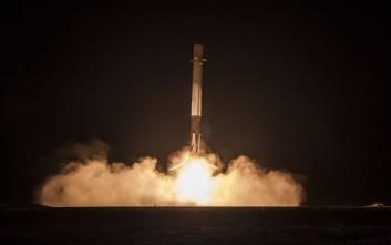 Το διαστημικό όχημα Dragon άρχισε το διήμερο ταξίδι του