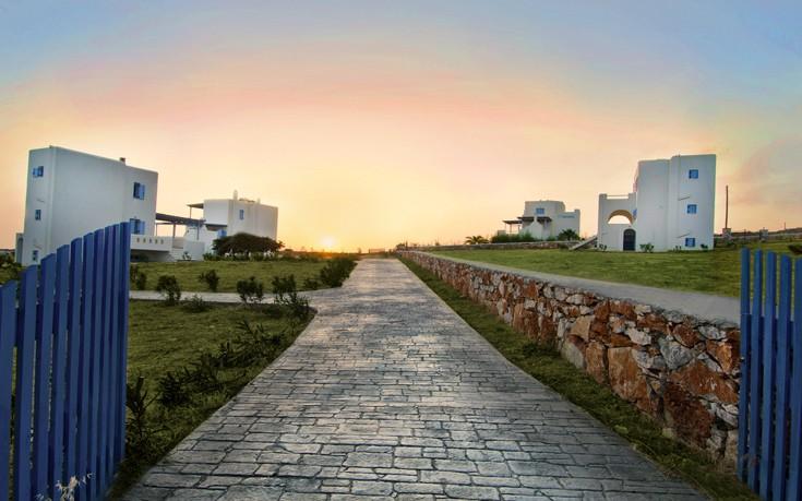 Μαγευτικές διακοπές στις εντυπωσιακές βίλες του Naxian Resort στη Νάξο