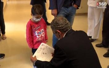 Ο Φερνάντο Σάντος μοίρασε χαμόγελα σε παιδιά με προβλήματα υγείας