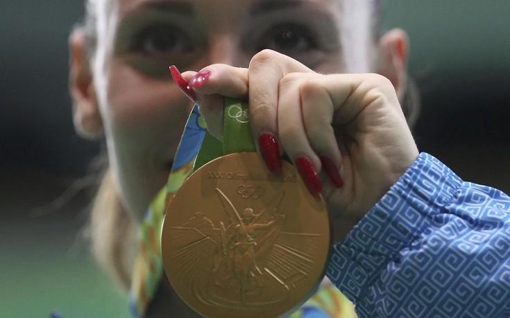 Άννα Κορακάκη: Δεν μου αγόραζαν ούτε το εθνόσημο