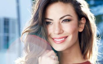 Avon True: Ένα μακιγιάζ, χίλιες υποσχέσεις που θα τηρηθούν