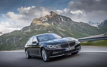 Νέες υβριδικές BMW 740