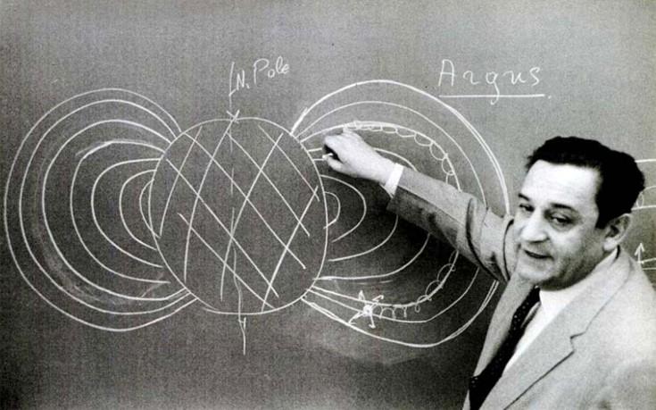 O «τρελο-Έλληνας» μηχανικός ανελκυστήρων που αποδείχτηκε διάνοια στην πυρηνική φυσική