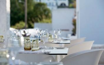 Δέκα εστιατόρια εμπειρία στα ελληνικά νησιά