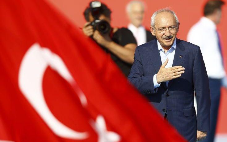 Στο Ευρωπαϊκό Δικαστήριο κατά του τουρκικού δημοψηφίσματος ο Κιλιτσντάρογλου