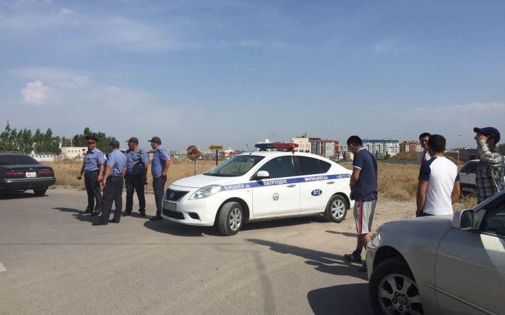 Θάφτηκε χωριό του Κιργιστάν μετά από κατολίσθηση