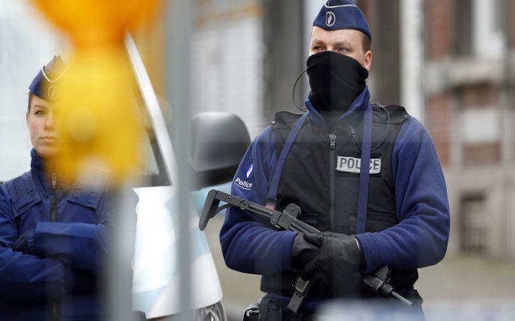 Αυτοκίνητο παρέσυρε και τραυμάτισε τέσσερις ανθρώπους σε υπαίθριο πάρτι στο Βέλγιο