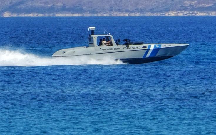 Ελεγχόμενη εισροή υδάτων σε πλοίο που προσάραξε στο Λακωνικό Κόλπο