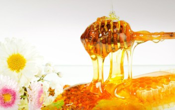 Χρυσό αστέρι και τρίτη θέση για το «μέλι Αρναίας» από τα «Great Taste Awards»