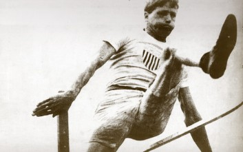 Ο ανάπηρος νέος που έγινε χρυσός Ολυμπιονίκης