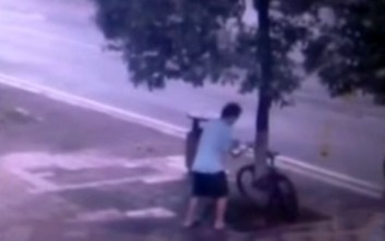Δεν φαντάζεστε τι έκανε για να κλέψει ένα ποδήλατο στην Κίνα