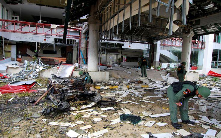 Διπλή έκρηξη με ένα νεκρό στην Ταϊλάνδη