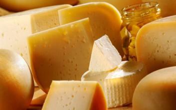 Τα τυρί δεν αυξάνει τον κίνδυνο για έμφραγμα ή εγκεφαλικό