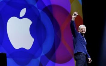 Τιμ Κουκ: Απόλυτη πολιτική ανοησία η απόφαση της Ε.Ε. για την Apple