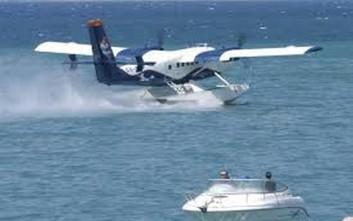 Αμφίβιο αεροσκάφος ανατράπηκε στη θάλασσα των Μεθάνων