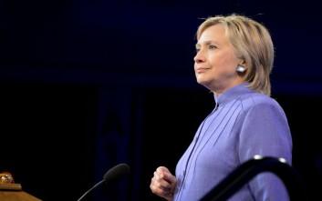 Στο πλευρό της Χίλαρι Κλίντον τάσσεται η Washington Post