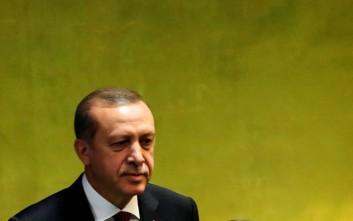 Ο Ερντογάν υπόσχεται να συνεχίσει τις διώξεις στην Τουρκία