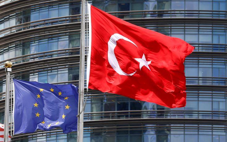 H Ρωσία καταδικάζει τις κυρώσεις της ΕΕ κατά της Τουρκίας