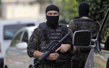 Η σύλληψη 82 στρατιωτικών διατάχθηκε στην Τουρκία για σχέσεις με τον Γκιουλέν