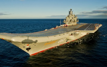 Ρωσία και Βρετανία συγκρίνουν τα αεροπλανοφόρα τους