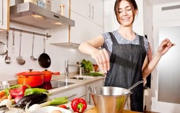 Κολπάκια που θα σας λύσουν τα χέρια στη μαγειρική!