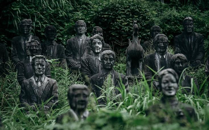 Πώς δημιουργήθηκε το παράξενο πάρκο της Ιαπωνίας με τα 800 αγάλματα