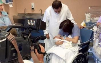 Γυναίκα έγινε μητέρα στα 61 χωρίς εξωσωματική