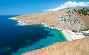 Το σχέδιο της Αλβανίας για τουριστική ανάπτυξη παίρνοντας μερίδιο από την πίτα της Ελλάδας